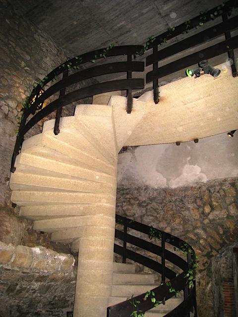 Budapest Hilton Hotel wine tasting Faust Wine Cellar