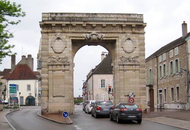 One of the gates to the Beaune ramparts