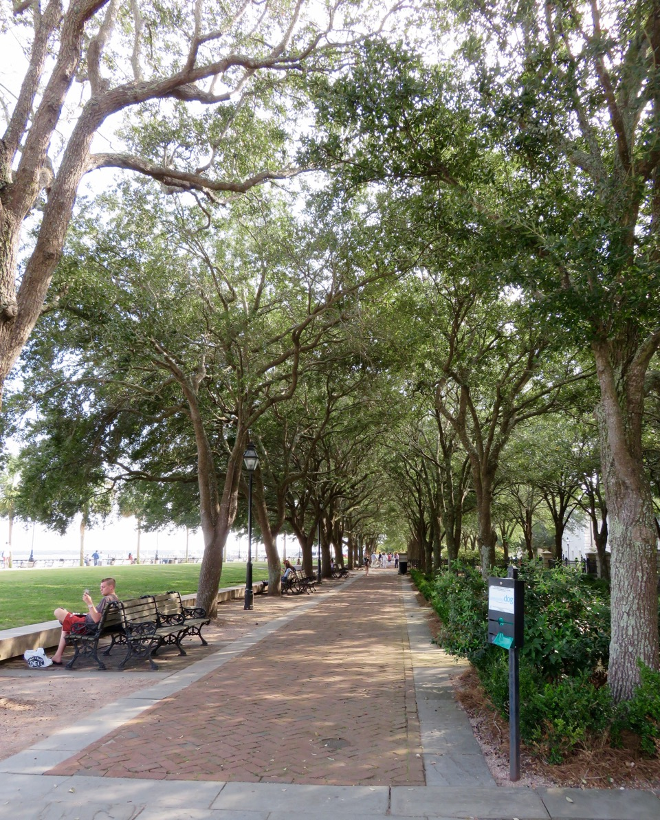 Waterfront Park Promenade