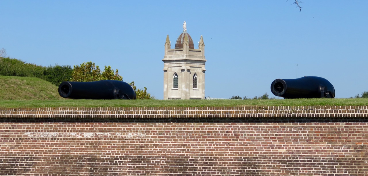 Fort Moultrie (foreground) with Stella Maris Catholic Church (background)